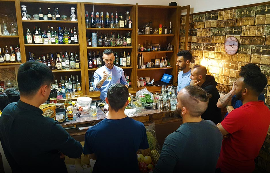 Foto Claudio Docente Barman Flair Academy