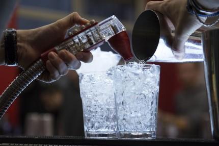 Cocktail creativi con gli Ice Molds