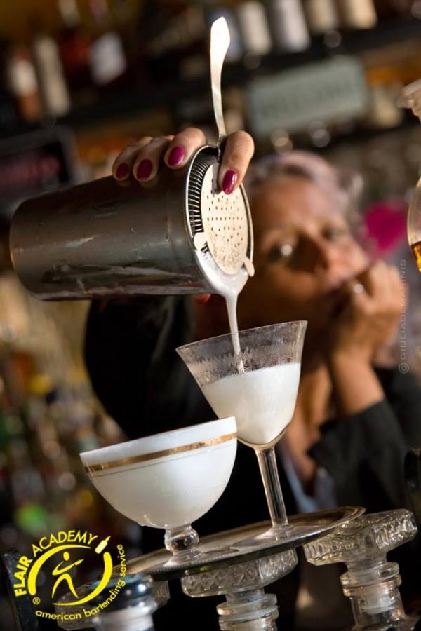 strainer cocktail
